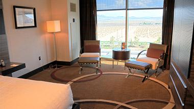 2 Chairs Classic M Resort Room