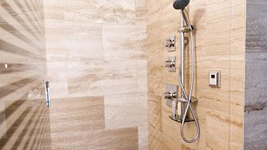 Loft Suite Shower