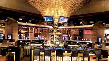 casino bar dress code