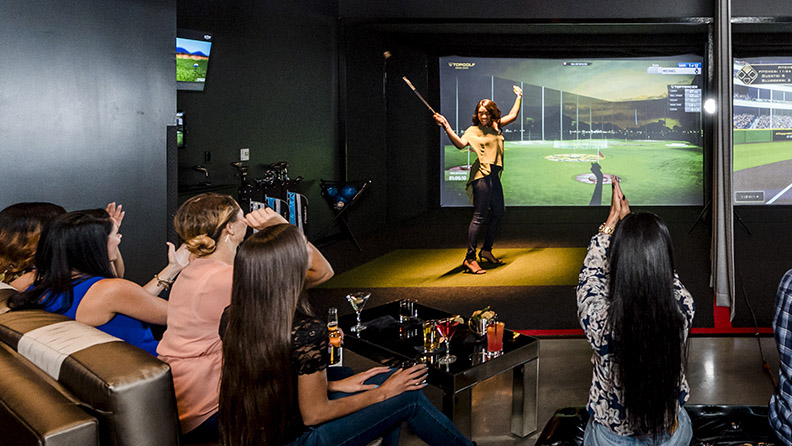 Topgolf Bay