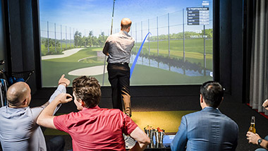 Topgolf bay 1